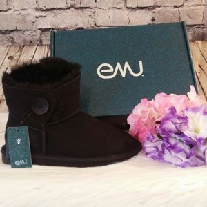 Emu Valery Mini Black Sheepskin Boots Sz 7